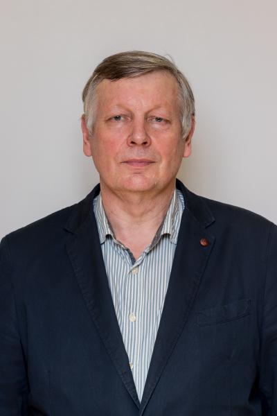 Oskars Onževs